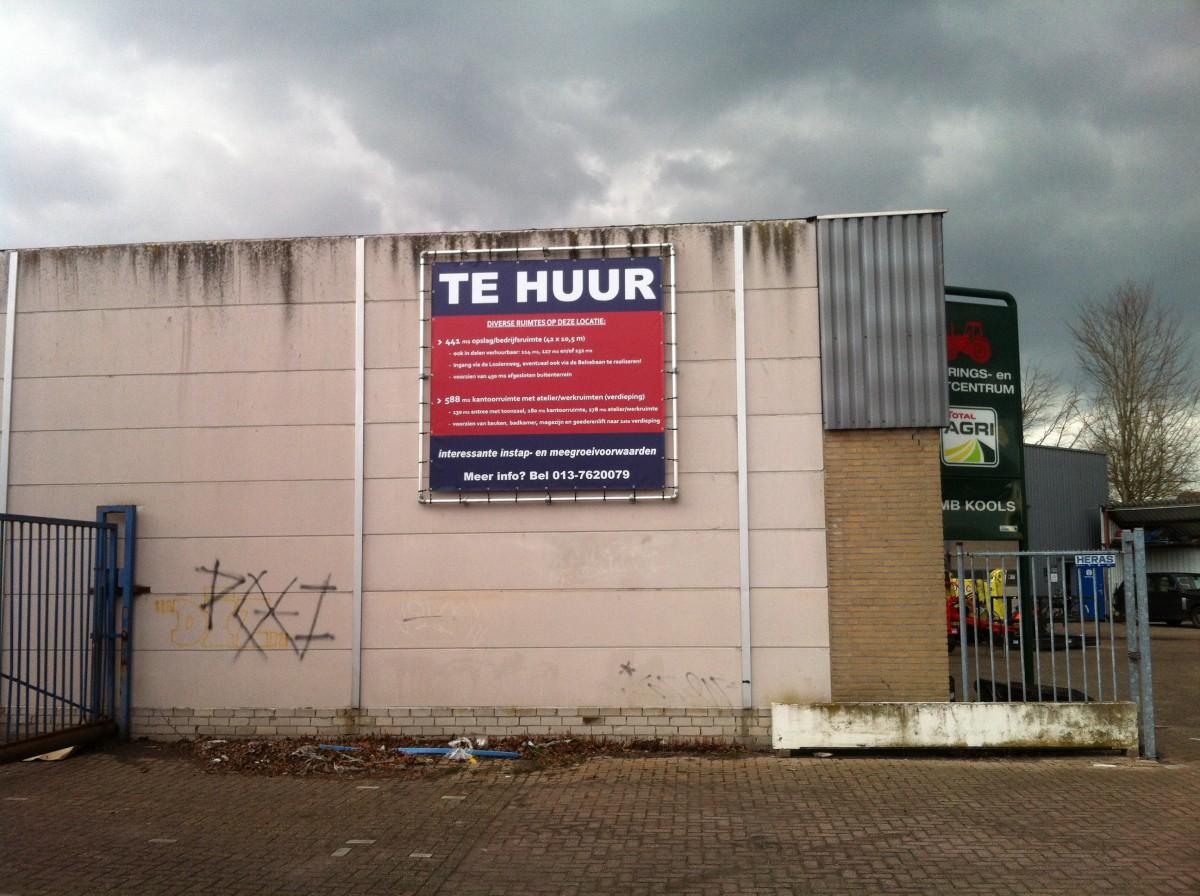 Te Huur Spandoek + frame