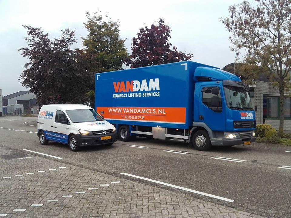 Belettering VW en Daf van Dam CLS